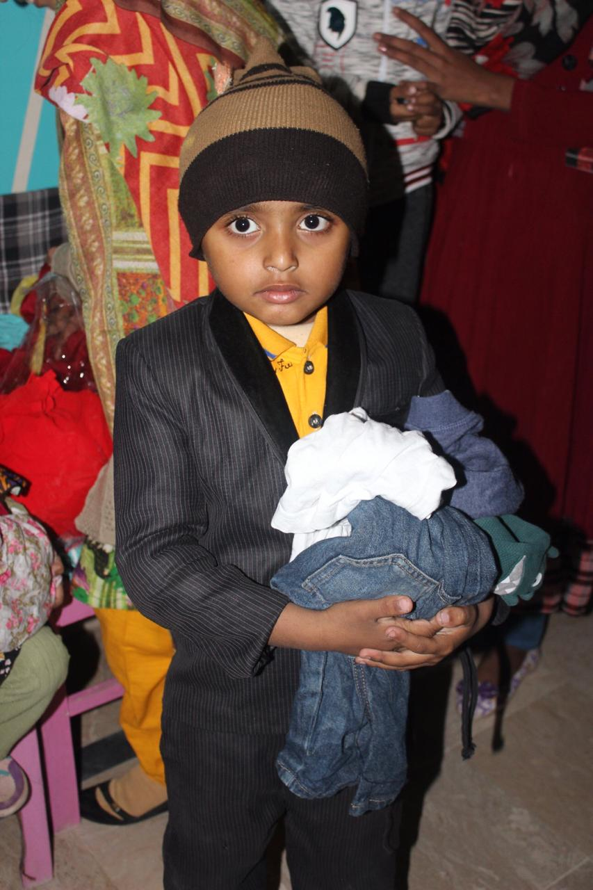 Clothes Distribution